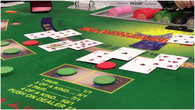 Guide to play Blackjack Switch at casinos